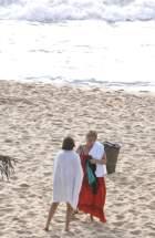 Bachelet en la playa, advierte al fotógrafo