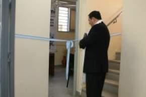 El director Ejecutivo de PAMI San Juan, Dr. Jorge Clavel, en el corte de cintas de la Oficina de Pocito