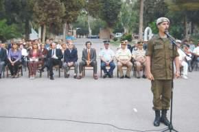 Las autoridades presentes en el acto en el RIM 22 en que asumió el nuevo 2º jefe de la fuerza