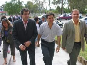 Llegan el Vicegobernador Uñac acompañado por el Intendente Andino