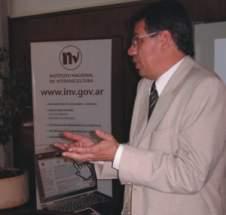 Presidente del INV, contador Guillermo García