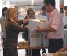 Las urnas para la elección de integrantes del jurado para la elección de la Reina Nacional del Sol 2010 se distribuirán por todo San Juan