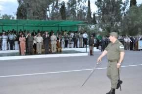 Desfile de tropas ante el palco