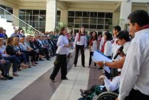 El Coro de la Escuela Fortabat ofreció canciones a las autoridades presentes