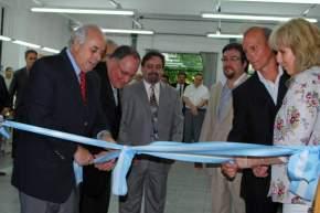Corte de cintas en la inauguración de los consultorios odontológicos