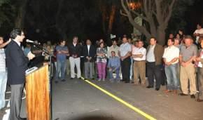 En el Mogote, el Vicegobernador habla en la inauguración de la calle Pelayes