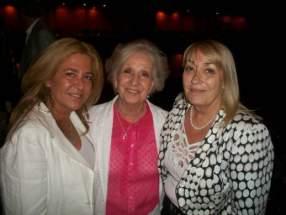 La Senadora Marina Riofrío, Estela de Carlotto y la titular de la Fundación Banco Nación, Silvia Gallego