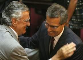 El Gobernador José Luis Gioja saluda al Senador Ruperto Godoy