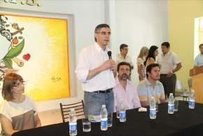 En la Escuela Industrial, el ministro de Desarrollo Humano, Daniel Molina, en el cierre de los talleres