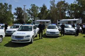 La Policía de San Juan recibió 26 autos Chevrolet Corsa 0 KM