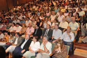Intendentes, legisladores nacionales y provinciales, funcionarios y público colmaron el auditorio del Centro Cívico