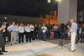 El gobernador Gioja felicitó al propietario de Átomo y le pidió que incluya productos elaborados en San Juan