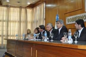 El ministro Daniel Molina hace la presentación del informe de su gestión anual