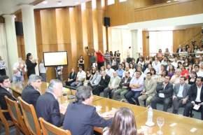Estuvieron presentes intendentes municipales, representantes de instituciones, funcionarios e invitados