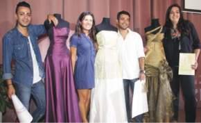 Los dise�adores con algunos de los trajes: Guillermo Godoy, Florencia Tornello, Francisco Zito y Gladys Rodr�guez.