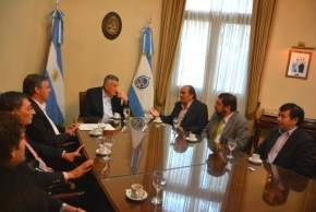 El gobernador Gioja recibió a una delegación de funcionarios de Chile
