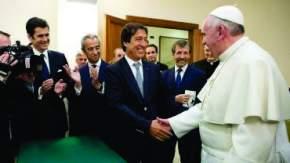 Francisco mantuvo un encuentro con sindicalistas, docentes y periodistas argentinos