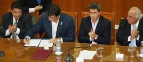 El ministro de Educación y Deportes de la nación, Esteban Bullrich firmó convenios
