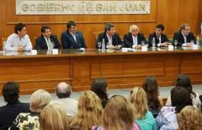 El gobernador Uñac agradeció la visita al ministro y el compromiso de trabajar por la educación