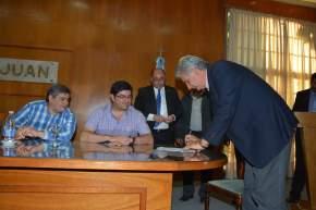 Intendentes firmaron convenios para los Jardines de Cosecha