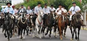Cabalgata en Homenaje al Gaucho José Dolores