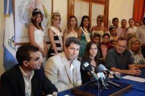 El gobernador Sergio Uñac presidió la presentación del Carnaval de Chimbas