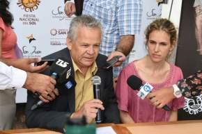 El secretario de Turismo, Ubaldo Hidalgo informa la mecánica de participación vía SMS