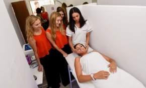 Las candidatas recibieron tratamiento para el cutis y cuidados de la piel
