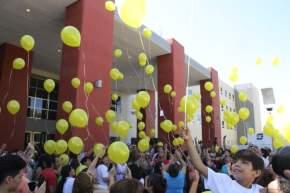 Los chicos soltaron los globos