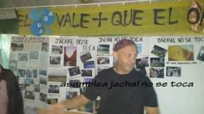 El Rabino Sergio Bergman en la carpa de la Asamblea Jáchal no se Toca