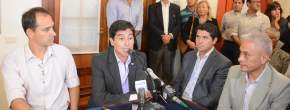 Los intendentes tomaron la palabra y agradecieron la nueva implementación del programa de pavimentación