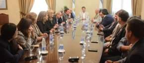 El vicegobernador Marcelo Lima y el bloque de legisladores del FpV se reunió con el gobernador Sergio Uñac