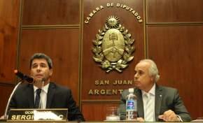 El gobernador Sergio Uñac pronuncia su discurso
