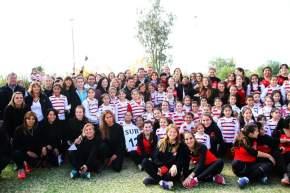 También participaron las autoridades del Club Huazihul San Juan Rugby, presidido por Guillermo Ruiz Olalde y la presidenta de la Subcomisión de Hockey Césped del Club de Rivadavia, Gabriela Pérez, con los respectivos equipos de chicas y mamis