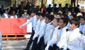 Distintas instituciones educativas y culturales formaron parte del desfile