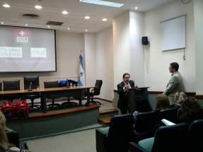 El secretario Legislativo de la Cámara de Diputados, Mario Herrero, se encargó de la presentación del curso
