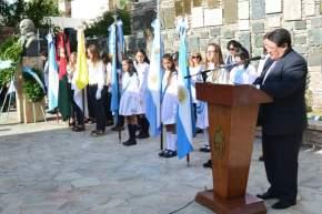 El ministro de Educación, Felipe de los Ríos presidió el acto del 206º aniversario del natalicio de Domingo F. Sarmiento