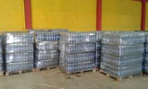Distribuyen botellas de agua en zonas afectadas