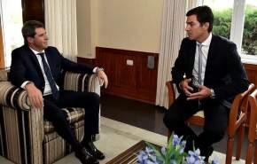 El gobernador Urtubey recibió a Uñac en la casa de gobierno de Salta