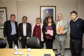 El Vicegobernador Lima se reunió con la directora y una docente de la escuela