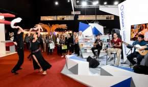 Baile en el día de San Juan en la 43º Feria del Libro