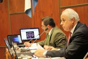Cuarta sesión del período ordinario legislativo presidida por el titular nato del cuerpo, Marcelo Lima