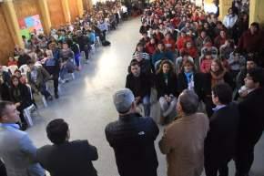 En la Escuela Juan José Castelli entregaron anteojos y DNI a vecinos y alumnos de La Bebida