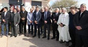 Autoridades provinciales, nacionales y municipales en la inauguración de la obra eléctrica