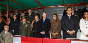 Autoridades en el acto del Día de la Bandera en Pocito