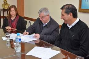 Firma del Convenio entre el Ministerio de Salud y el Municipio de Pocito