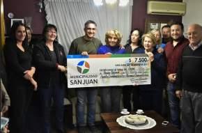 El intendente Aranda entregó los recursos para otra alarma comunitaria