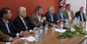 Autoridades en inauguración de la Agencia de Extensión Rural Pocito del INTA