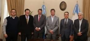 Firmaron un convenio de asistencia y cooperación para procurar fabricar un auto eléctrico en la provincia