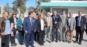 Autoridades en la inauguración de remodelaciones en la Escuela Albert Einstein, en el departamento Sarmiento